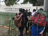 Migrar bajo el coronavirus: la pandemia detuvo en México a la bebé haitiana que cruzó la selva del Darién