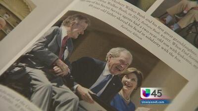 George W. Bush presenta libro sobre su padre