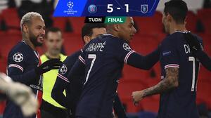 Neymar y el PSG se ensañan con el Istanbul en la Champions League
