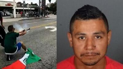 Fanático del Tri que lanzó cohetes a policías en Los Ángeles enfrenta pena de hasta 27 años de prisión