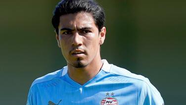 ¡Malas noticias! Gutiérrez se lesiona en triunfo del PSV Eindhoven