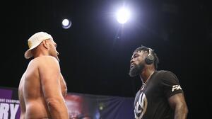 Tyson Fury y Deontay Wilder protagonizan 'eterno' frente a frente