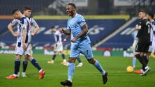 Manchester City toma la cima de la Premier League