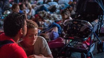 En un minuto: Parte de la caravana avanza hacia EEUU tras cruzar a México