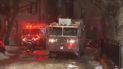 Autoridades investigan incendio en Washington Heights que deja 17 personas heridas