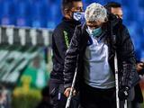 'Tuca' Ferretti explica el problema que le hizo usar muletas ante Toluca