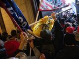 Legisladores llegan a un acuerdo para crear una comisión que investigue el asalto al Capitolio