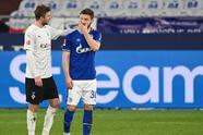 M'Gladbach hizo 'leña del árbol caído' y goleó 0-3 al Schalke 04, quienes resguardan el sótano de la tabla general. M'Gladbach llegó a 36 unidades; Schalke 04 se quedó con 10 en el último peldaño.