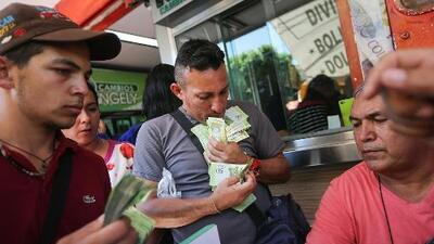 La moneda de Venezuela cumple un mes en caída libre