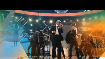 Jennifer Lopez y Pitbull Abren Premios Juventud 2013, Jueves 7/18 - 7 PM / 6 C