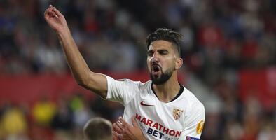 Sevilla vende competencia de Chicharito pero ya busca reemplazo
