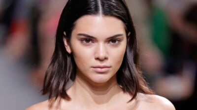 Un peligro menos para Kendall Jenner: deportan a Canadá al hombre que se dedicó a acosarla