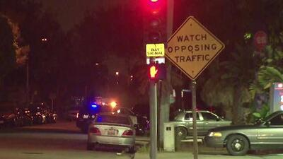 Buscan a varios sospechosos de un tiroteo que inició con una persecución policial en Compton
