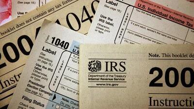 Entérate por qué la declaración de impuestos también puede afectar tu estatus migratorio