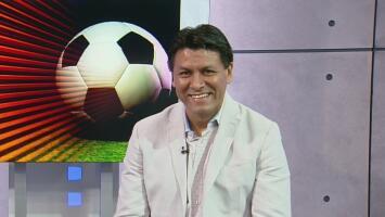 El exfutbolista Claudio Suárez y su trabajo con la comunidad