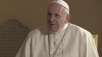 """""""Quien construye muros termina prisionero de los muros"""": Papa Francisco al hablar de inmigración en EEUU"""