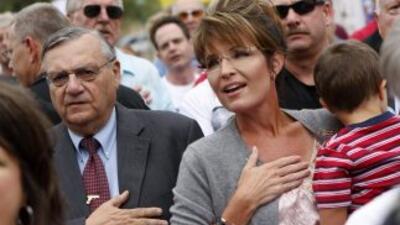 Se recalienta el clima electoral en Arizona; activista denuncia campaña contra latinos