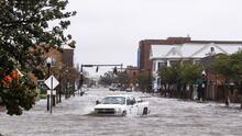 En video: Fuertes vientos e inundaciones por Sally en la zona costera entre Alabama y Florida