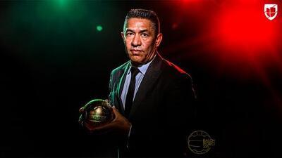 Ignacio Ambriz: ganador del Balón de Oro al Mejor Director Técnico