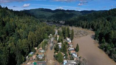 Los ríos atmosféricos dejaron el equivalente a 27 millones de piscinas olímpicas en California