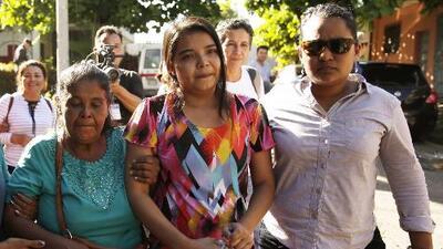 Absuelven a Imelda Cortez, la joven abusada sexualmente que estuvo presa acusada de querer abortar