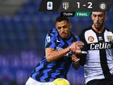 El Inter gana con un gol 'fantasma' y le saca seis puntos al AC Milán en la Serie A