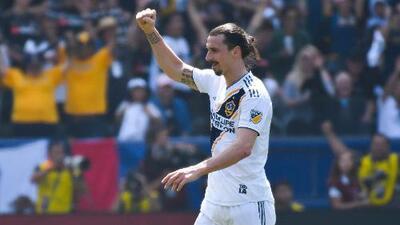 El bombazo con el que Zlatan Ibrahimovic debutó con LA Galaxy fue elegido como el Gol del Año en MLS