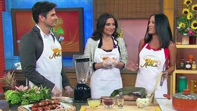Receta de Pinchos de pollo con achiote en La Cocina de Karla, con Daniel Arenas y Ana Brenda