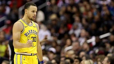 Imparable: Steph Curry alcanzó los 400 triples en Playoffs