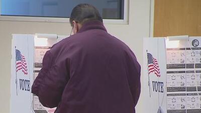 Extienden los horarios para las votaciones adelantadas en el condado de Harris