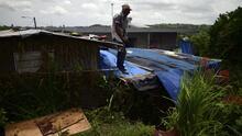 Senado investiga atraso en reconstrucción de 30 mil viviendas con toldos azules por el huracán María
