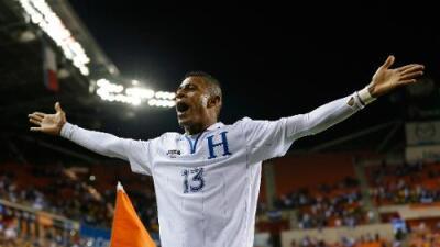 Carlo Costly vuelve a la Selección de Honduras