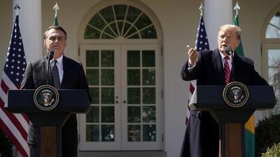 """Trump reitera que """"todas las opciones están sobre la mesa"""" en Venezuela, durante su reunión con el presidente de Brasil"""