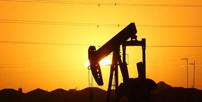 Productores de petróleo, a excepción de México, preacuerdan reducir 10 millones de barriles diarios en mayo y junio