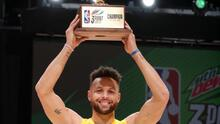 Stephen Curry es el amo de los triples y gana en final cardiaca