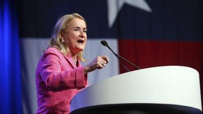 Sylvia Garcia, primera latina electa en Texas como congresista federal por el distrito 29