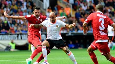 Sevilla y Valencia se anulan en empate sin goles