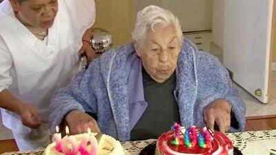 """La abuela de Thalía y Laura Zapata está de cumpleaños: """"¿100 ya?"""""""