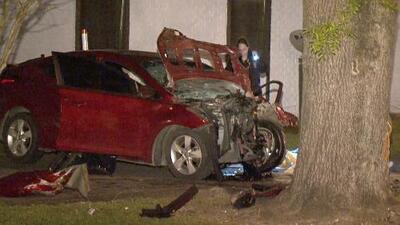Hablan vecinos sobre el accidente en el que murieron una mujer y un menor al este de Houston
