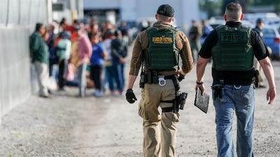 Dreamers sin ciudadanía y más deportaciones aceleradas: este es el plan migratorio que sí firmaría Trump