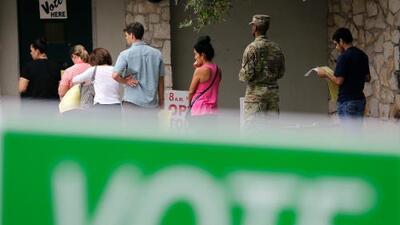 """¿Cúando dejará de ser el voto latino en Texas la eterna """"mina de oro sin explotar""""?"""