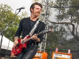 Eagles of Death Metal suspende todos sus conciertos tras ataques en París