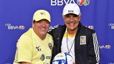 ¡Elogio viene y elogio va! Así transcurrió la conferencia de prensa de Miguel Herrera y Ricardo Ferretti