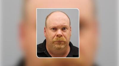 """Acusación: Dijo que su esposa desapareció, pero en verdad """"la mató, quemó su cuerpo y lo puso en la basura"""""""