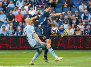 En fotos: Sporting Kansas City sufre amargo revés en casa a manos del LA Galaxy