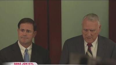 Anuncian a Jon Kyl para ocupar el lugar de John McCain en el congreso