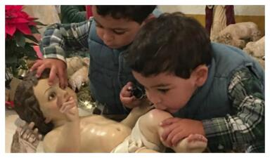 Como dos gotas de agua: los hijos de Eduardo Capetillo y Bibi Gaytán son idénticos a sus papás