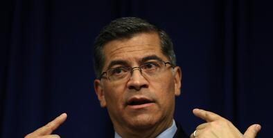 """""""Tenemos que estar listos para cualquier cosa"""": Fiscal de California advierte sobre lo que puede hacer Trump"""