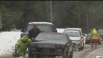 Tormenta invernal provoca el cierre de la autopista l-80