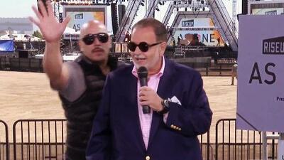 Lupillo Rivera interrumpe a Raúl en pleno show